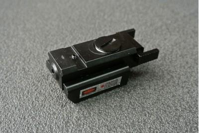 Целеуказатель лазерный подствольный, красный маленький