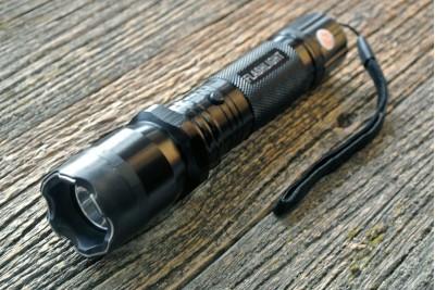Фонарик электро шокер ОСА-1101 Police (10 000 Вольт)