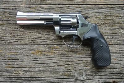 Револьвер охолощенный ТАУРУС-СО ствол 4, 5 дюйма, Хром, кал. 10 ТК