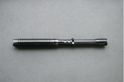 Дубинка-шокер с фонариком  YB-1120 (телескопическая, металл)