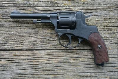 Оружие списанное охолощенное СХ-Наган ИЖ-172 КОМ2 под патрон 10ТК